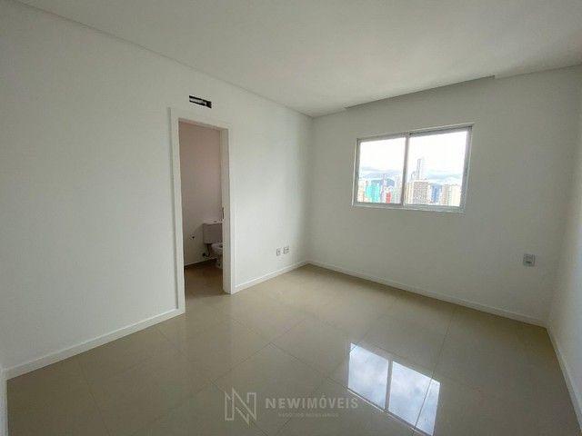 Excelente Apartamento com 3 Suítes e 2 Vagas em Balneário Camboriú - Foto 6