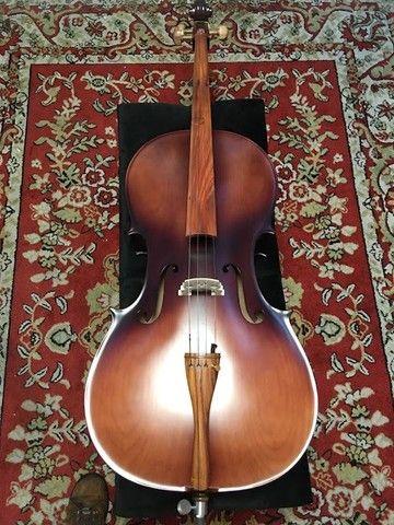 Violoncelo 4/4 Nhureson premium madeira nobre exposta Araucaria Serie limitada