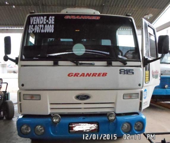 CAMINHÃO GUINCHO PLATAFORMA FORD CARGO 2005