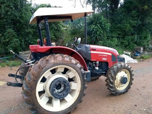 Trator 4x4