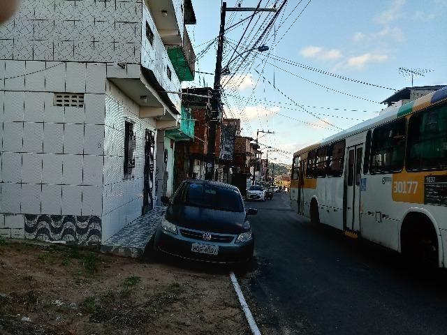 Troca-se ou Vende Casa Térrea Frente de Rua em Salvador Mirante Periperi Av- Suburbana