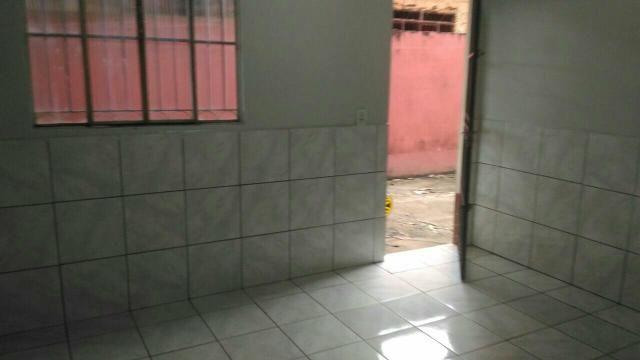 Aluga se apt na rua João Goulart prox faculdade ulbra 475.00