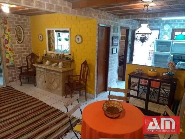 Casa com dois pavimentos, 273 m² em um excelente Condomínio. - Foto 13
