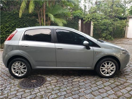 Fiat Punto 1.4 attractive italia 8v flex 4p manual - Foto 3