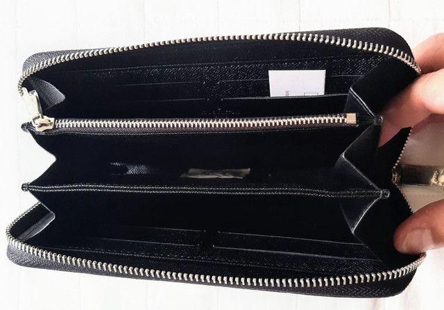 Carteira Louis Vuitton SUPREME preta unissex