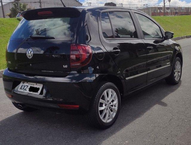 Volkswagen Fox HIGHLINE 1.6 2014 - Foto 2