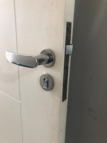 Porta interna branca pintada - usada - Foto 5