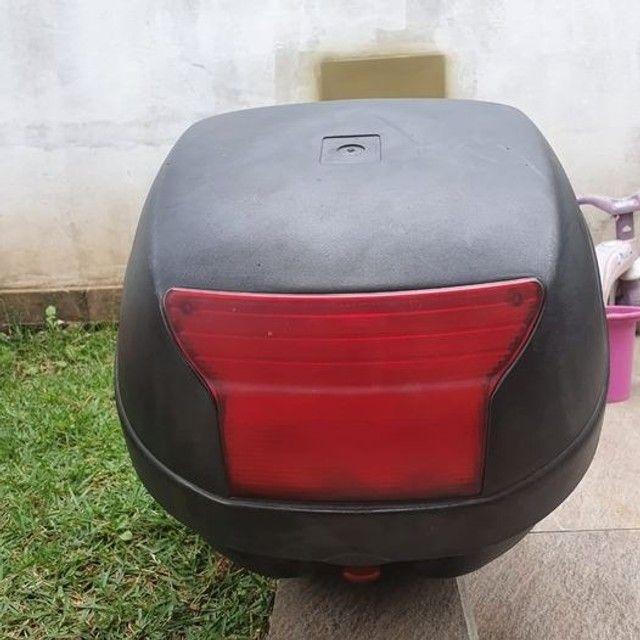 Baú Givi + suporte para moto. - Foto 3