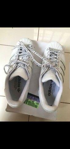 Tênis Adidas Superstar tamanho 38 - Foto 6