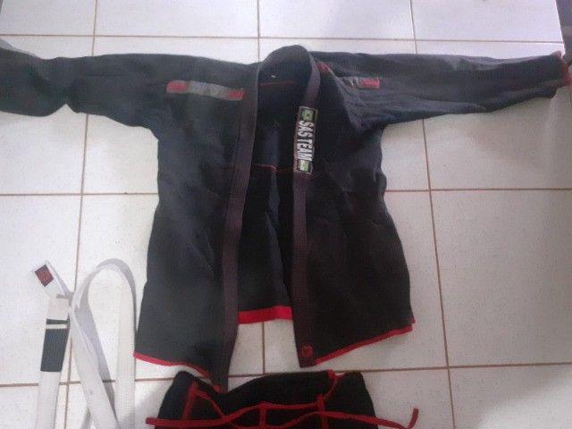 """kimono de jiu-jitsu transado europeu reforçado+faicha branca reforçada""""SEMI-NOVO"""" - Foto 2"""