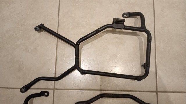 Suporte Bau Lateral Yamaha Ténéré 660 - Givi PL363 - Foto 2