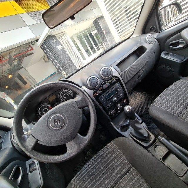 Renault Sandero 1.0 Expression 2013 - Foto 9