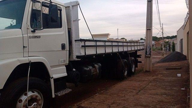 Caminhão MB1620 - Foto 3