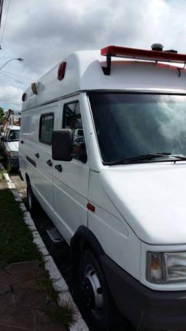 FIAT IVECO DAILY 4912 VAN1 ANO 2003 CATEGORIA AMBULÂNCIA