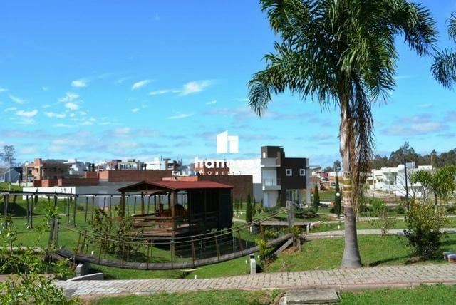 Terreno no Excelente Condomínio Parque das Oliveiras, Portaria 24h, Área Verde - Tomazetti - Foto 7