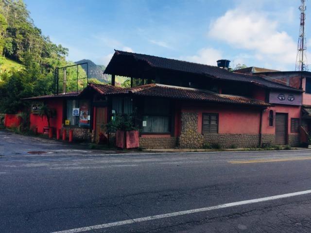 Casa com perfil comercial no centro de Mury , de frente para a rodovia RJ-116 - Foto 2
