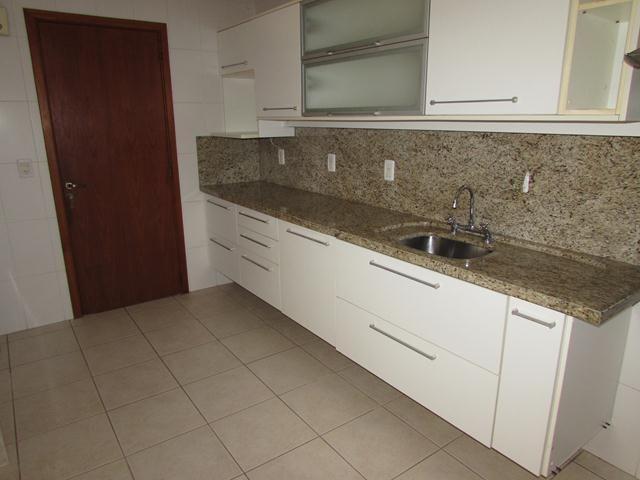 Casa de condomínio para alugar com 4 dormitórios em , cod:I-018985 - Foto 9