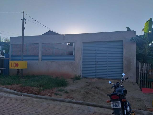 Casa localizada no calafate próximo a escolas e posto d saude