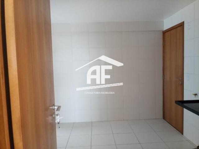 Apartamento para venda possui 91m² com 3 quartos localizado no bairro do Farol - Foto 4