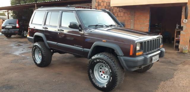 Cherokee Sport 98