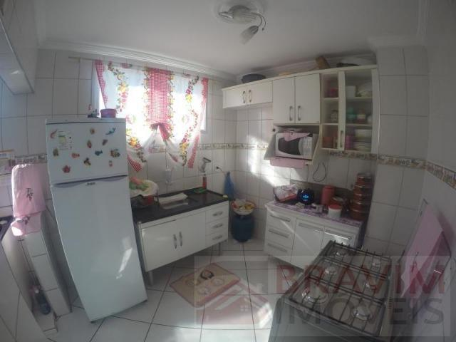 Apartamento com 3 quartos em Castelândia