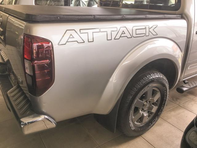 NISSAN FRONTIER 2016/2016 2.5 SV ATTACK 4X4 CD TURBO ELETRONIC DIESEL 4P AUTOMÁTICO - Foto 11
