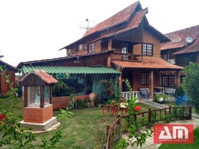 Casa com dois pavimentos, 273 m² em um excelente Condomínio. - Foto 2