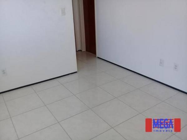 Apartamento com 2 dormitórios para alugar, 100 m² por R$ 1.100,00/mês - Amadeu Furtado - F - Foto 3