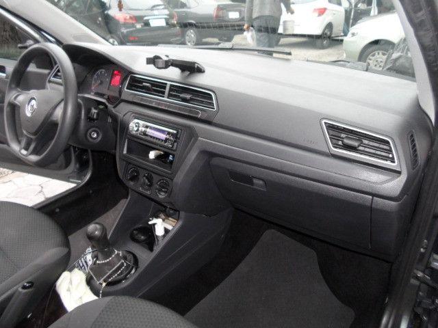 VW / Voyage 1.6 MSI Trendline 2018 Cinza - Foto 10
