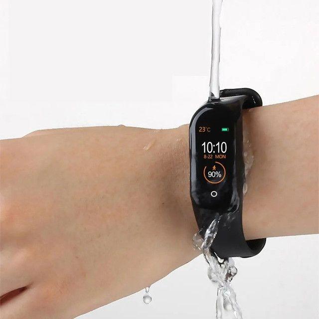 ?Promoção?Relógio Inteligente M4 Smartwatch Bluetooth/Coloca Foto - Foto 4