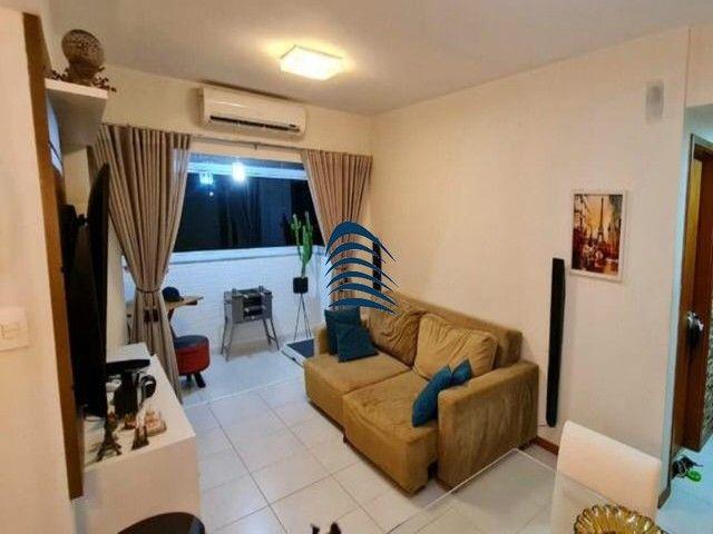 Apartamento 2 quartos sendo 1 suíte na Pituba! Excelente localização, varanda com fechamen
