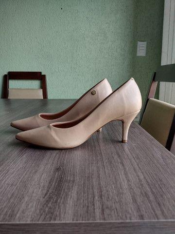 Sapato Vizzano tamanho 39