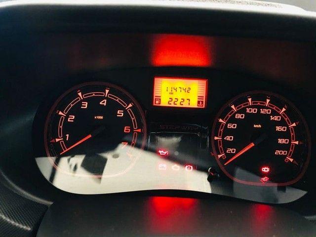 Renault SANDERO 1.6 SL STEPWAY RIP CURL 16V FLEX 4P MANUAL  - Foto 7