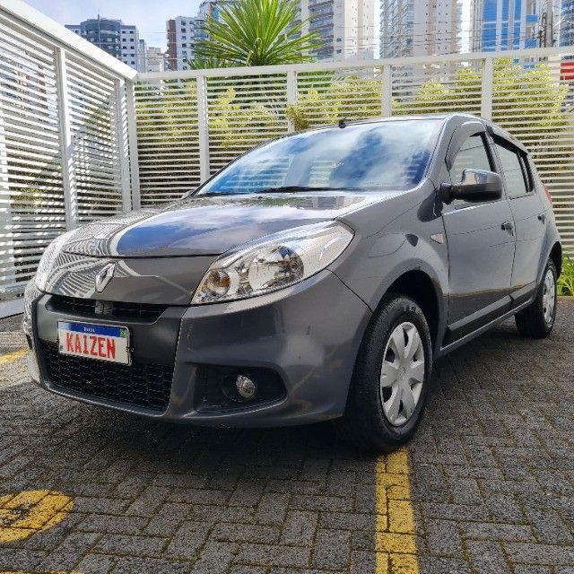 Renault Sandero 1.0 Expression 2013 - Foto 16