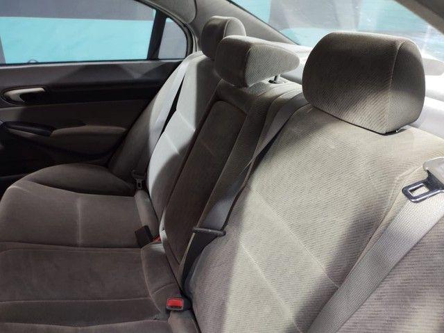 HONDA CIVIC Sedan LXS 1.8/1.8 Flex 16V Aut. 4p BLINDADO - Foto 9