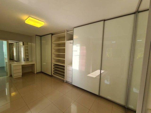Casa de condomínio sobrado para venda tem 590 metros quadrados com 4 quartos - Foto 2
