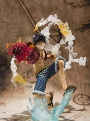 Action Figure One Piece Monkey D. Luffy- Battle Red Hawk