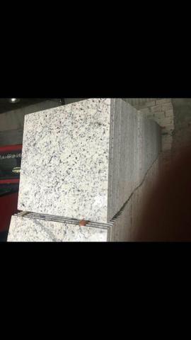 Lote de granito Branco Dallas Promoção o metro R$90