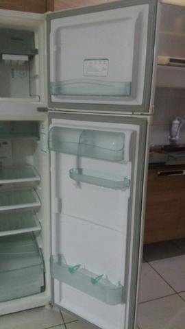 Compro geladeira usada com ou sem defeito