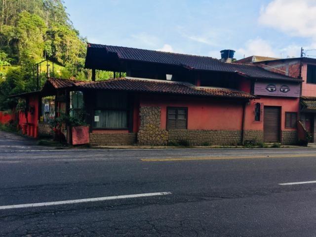 Casa com perfil comercial no centro de Mury , de frente para a rodovia RJ-116 - Foto 3