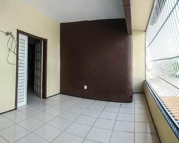 CA1759 Casa duplex com 3 quartos, 2 vagas, 240m² de área construída, Bairro Siqueira - Foto 15