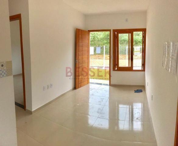 Casa nova com 2 dormitórios e ótimo pátio para lazer! - Foto 4