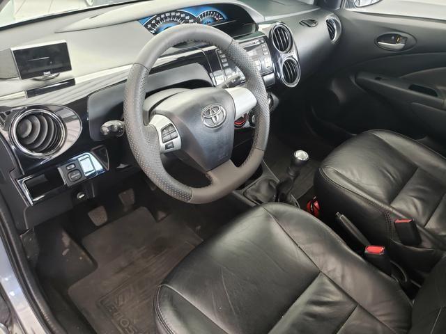 Etios sedan 1.5 XLS 2014 com couro - Foto 6