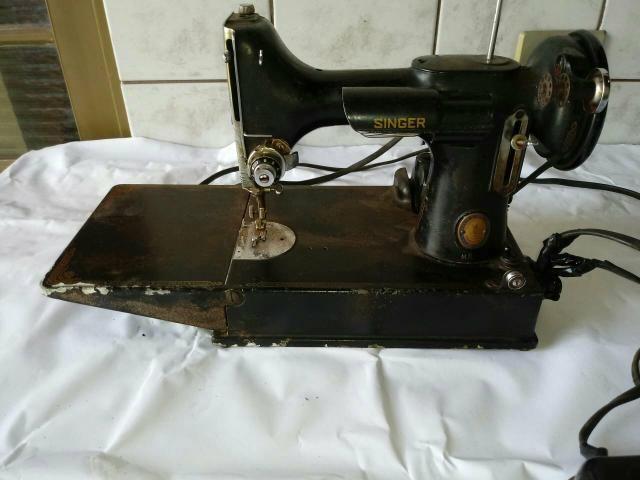 5ecb89d06 Maquina costura Singer antiga - Máquinas para produção industrial ...