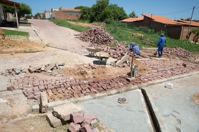 Vendas de pedras de calçamento e portuguêssa e paralelepípedo