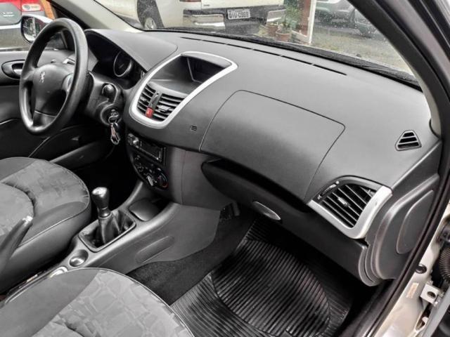 Peugeot 207 Sedan PASSION XR 1.4 2011 COMPLETO (FINANCIA TOTAL) - Foto 11
