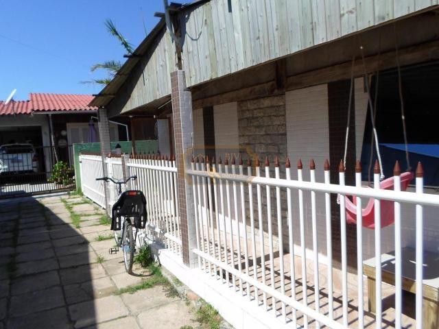 Casa próximo ao centro ,3 dorm ,garagem ,terreno 10 x 30 - Foto 2