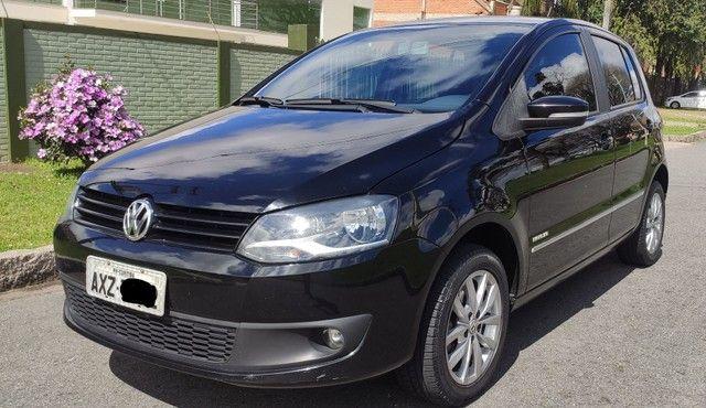 Volkswagen Fox HIGHLINE 1.6 2014 - Foto 3