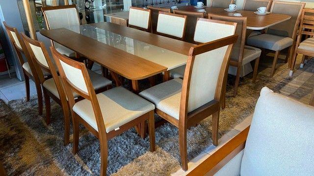 Mesa de madeira maciça de 8 lugares nova completa  - Foto 2