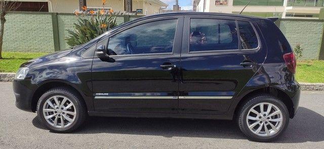 Volkswagen Fox HIGHLINE 1.6 2014 - Foto 9